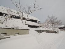 2017年1月大雪、千屋アウトドアハウス前にて