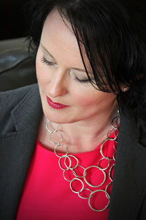 Lesley Wrankmore, Personal Image & Personal Branding Consultant, Southampton, Fareham, Portsmouth, Winchester, Hampshire, UK
