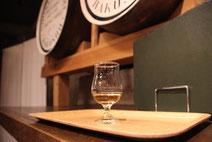 ウイスキー蒸留所の画像