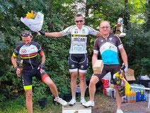 """Le podium des 3ème caté: Walter """"en haut"""" !"""