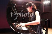 ピアノ演奏中のリモート撮影