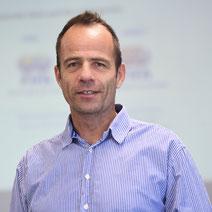 Alexander Koch war viele Jahre Medienmanager der FIFA. Im MBA-Studiengang internationales Sportmarketing ist er Dozent für Krisenmanagement im Sport.