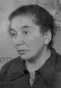 Passfoto von Dora Mosberg auf der Kennkarte für Juden