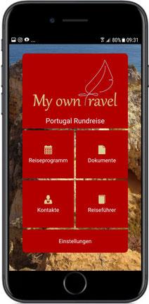 Handy mit Reise-App Bildschirm