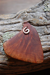 pendentif bois,  création artisanale de Fileuse d étoiles