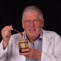 Dr Peter Molan et la découverte de l'activité antibactérienne du Miel de Manuka