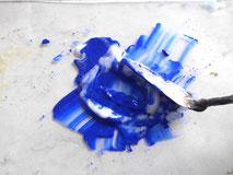 Acrylfarbe anreiben