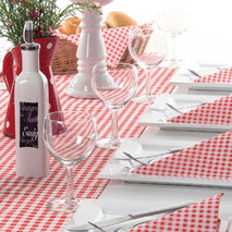Abbildung Gastroartikel, Servietten und Tischset von MANK