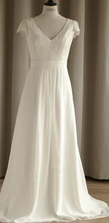 robe de mariée romantique dentelle de Calais moins 2000€