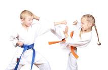 Karate für Mädchen und Jungs
