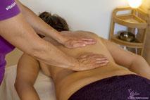Massages pour tous: femmes enceintes, enfants, bébés, seniors, entreprises, EMS. Centre de Genève, 2 minutes Gare Cornavin, 24 Rue des Grottes, Jambes lourdes