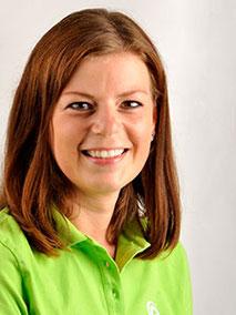 Frau Cyran ist Zahnmedizinische Prophylaxeassistentin und kümmert sich um die Gesunderhaltung von Kinder- und Erwachsenenzähnen