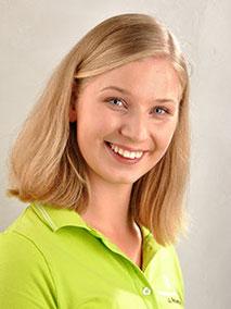Frau Roterring ist Zahnmedizinische Fachangestellte