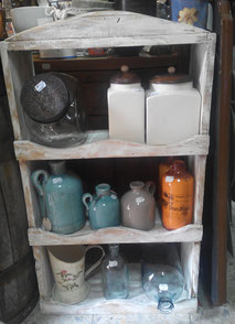 estantería botellas