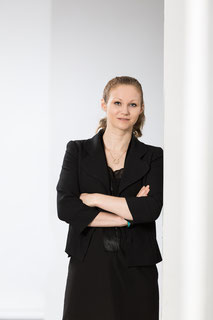 Prof. Dr. Carolin Tewes | Marketing | Digitale Medien | E-Business