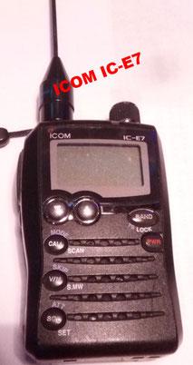 """Il più piccolo """"MINI"""" ICOM IC-E7"""