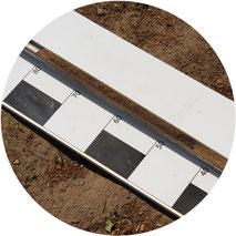 Bodenschichten durch eine Puerckhauer-Probe
