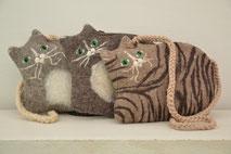 Tasche Katze aus Wolle handgefilzt von Faserverbund
