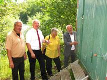 Beim Umbau des Bauwagens zu einem Außenlabor bot Peter Winter seine Unterstüzung an