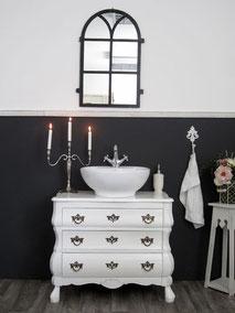 Barocke Waschtisch-Kommode in weiß