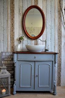 Waschtisch Gründerzeit in Pastellblau