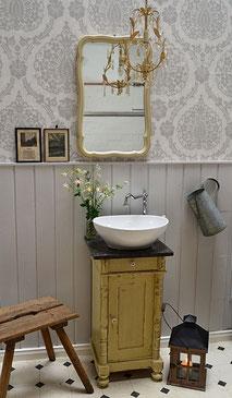 Waschtisch Vintage mit Marmorplatte