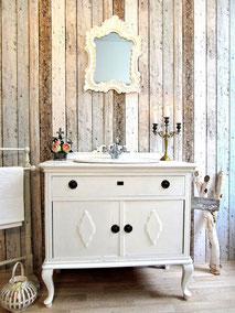 Weißer Badmöbel-Waschtisch