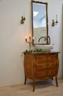 Barock-Waschtisch mit Marmorplatte