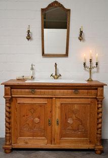 Antiker Badmöbel-Waschtisch