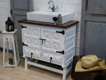 Antiker Kolonial-Waschtisch in weiß