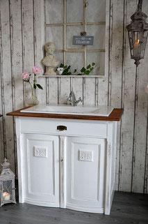 Waschkommode in weiß