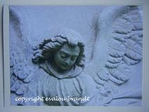Tröstender Engel Skulptur