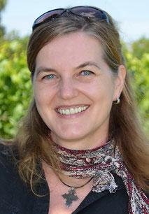 Porträt von Petra Thomas, Geschäftsführerin von Forum Anders Reisen, dem Verband für nachhaltigen Tourismus