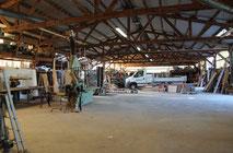 atelier de Celles camion et stock de la menuiserie Lethu 79