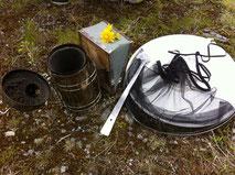 Werkzeug zum Arbeiten bei den Bienen