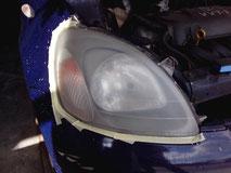 Doffe koplampen zijn onveilig in het verkeer