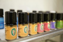 Aroma Öl Massage Bern