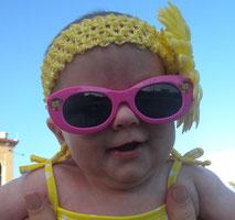 Baby, Sonnenbrille