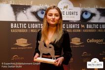 Julia Wulf bei der Preisverleihung © ExperiArts Entertainment - Stefan Stuhr