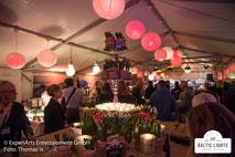 Mit viel Liebe gestaltetes VIP-Zelt für einen besonderen Abend © ExperiArts Entertainment - Thomas Ix