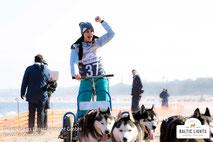 Nicole Mieth vor der Zieleinfahrt © ExperiArts Entertainment - Stefan Stuhr