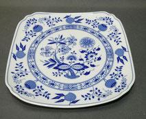 Hutschenreuther, Porzellan, Servierplatte , Blau Zwiebelmuster, 21,5 x 21,5 cm , € 38,00