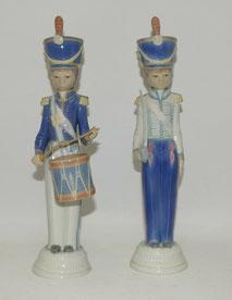2x Lladro Figur, Soldaten, Spain, Porzellan H. ca. 32,0 cm, € 190,00