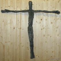 Moderne Darstellung einer Jesusfigur am Kreuz, € 750,00