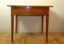 Biedermeier Tisch, Kirschbaum, Schreibtisch, ca. 1825, Süddeutsch, Schublade, € 850,00