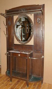 Belgische Jugendstil Eichen Garderobe, ovaler Spiegel, Marmorplatte, Haken, € 650,00