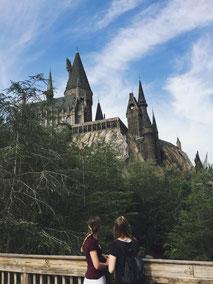 zwei die reisen in den Universal Studios