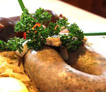 Bayerisch Essen in 83126 Flintsbach im Gasthof Falkenstein