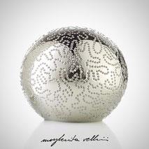 Lampada sfera da appoggio tagli ISOBARE finitura in metallo prezioso Platino 15% Margherita Vellini Ceramica Made in Italy Home Lighting Design