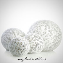 Sphere lamps GINGER shiny white glaze. Margherita Vellini Ceramics Made in Italy Home Lighting Design